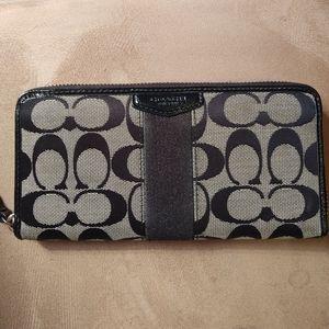 Coach Signature Stripe Accordion Zip Around Wallet Black/Gray F51710 Clutch